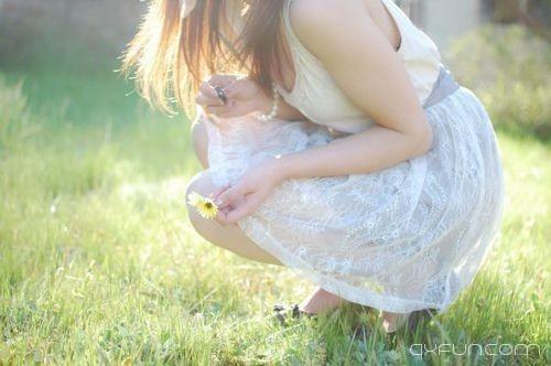 女孩,爱情面前,失落总会有的
