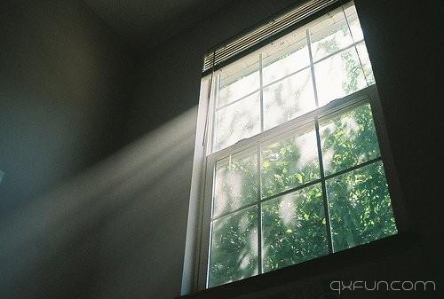 安静聆听时光的声音 -清新范(Qxfun.com)