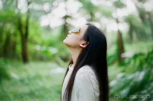 或许让我们念念不忘的,不是那个人,而是那段时光 -清新范(Qxfun.com)