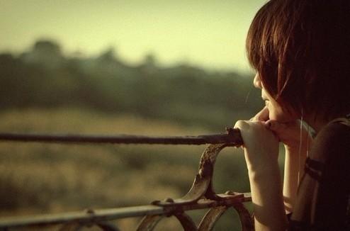 如果有一天,我能不再想你,不再想我们之间的回忆。我会对着镜子里的自己说,我回来了。你辛苦了。