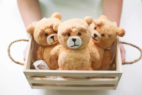 世上最温暖的,是妈妈做的饭之泰迪熊面包